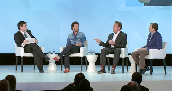 Arnold Schwarzenegger, Blake Mycoskie, Gary White - The Water Crisis: New Solutions to Address Security, Shortage and Access for the Future